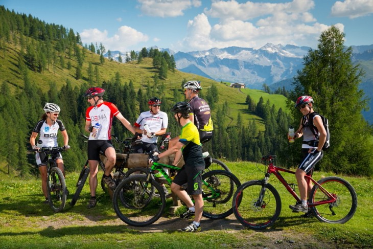 Cycling and Mountain Biking in the Valley of Huts