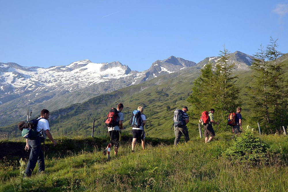 "Guided hikes and tours with ""BERG-GESUND"""