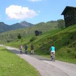 ein-klassischer-mountainbike-uberholt-uns-das-lassen-wir-ausnahmsweise-durchgehen
