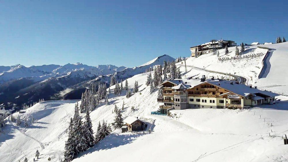 Skiamadè Bergbahnen im Großarltal im Salzburgerland erster Schnee