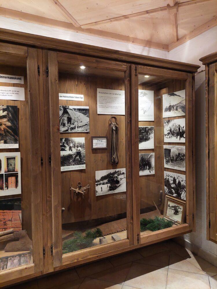 Ausstellung im Heimatmuseum Kösslerhäusl