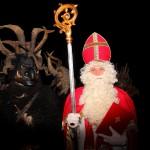 Nikolaus und Krampus - der eine beschenkt die Braven, der andere bestraft die Schlimmen ...