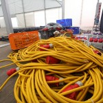 Hunderte Meter Kabel sind zu verlegen ...