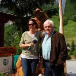 Jasmin mit Franz Zraunig beim Wander-Startplatz in Hüttschlag