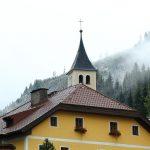 Der Kirchturm in Hüttschlag