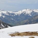 Blick übers Großarltal - im Tal ist es Frühling, auf den Bergen noch deutlich Winter