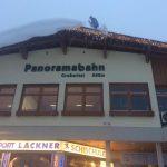 Das Dach der Panoramabahn wird entlastet