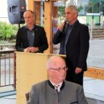 GF Peter Hettegger bei der Festansprache, vorne der ehemalige GF Josef Kaiser © Alois Prommegger