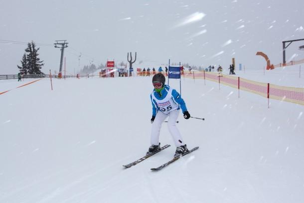 Unsere sportlichen Skidamen trotzten Wind und Wetter