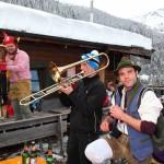 Stimmung, Tanz und Spaß bei der Zapfenbar