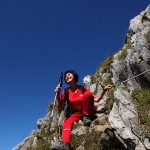 Steil ist der Auf-/Abstieg auf den Draugstein. Hier beim Aufstieg an einer Engstelle treffe ich meine Nachbarin Kathi, die den Gipfelsieg schon hinter sich hat.