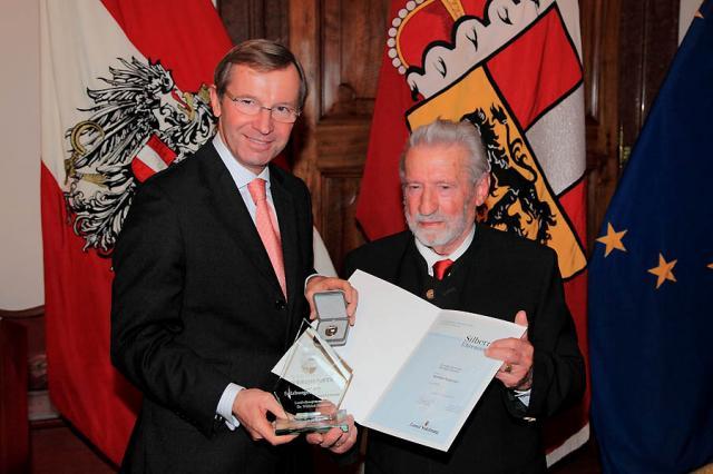 Wolfram Paulus und LH-Stv. Dr. Wilfried Haslauer