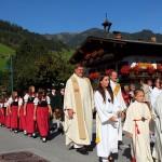 Prozession ins Ortszentrum