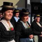 Trachtenfrauen in Großarl in traditioneller Tracht