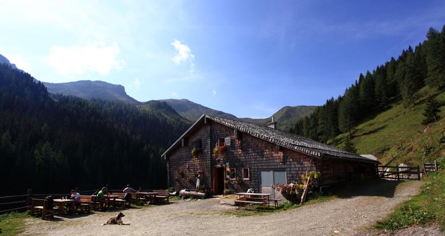 Die Harbachhütte in Hüttschlag (1.612 m)