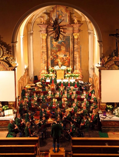 Trachtenmusikkapelle Hüttschlag, hier beim Frühlingskonzert 2014