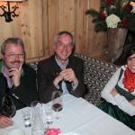 Aufmerksame Zuseher bei der Modenschau: Bürgermeister Sepp Gollegger und Amtsleiter Franz Hasler