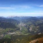 Blick vom Heukareck auf Schwarzach, St. Veit und St. Johann