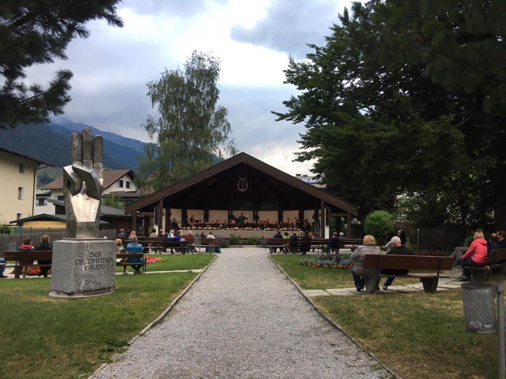 Platzkonzert der Trachtenmusikkapelle Großarl beim Musikpavillon