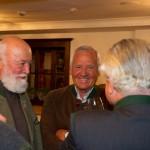 Sepp im Smalltalk mit Hannes Blumschein (re.), Walter und Stefan Mooslechner