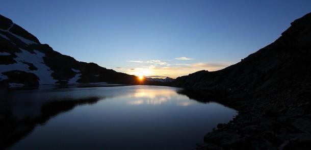 Jetzt ist sie da! Sonnenaufgang am Oberen Schwarzhornsee