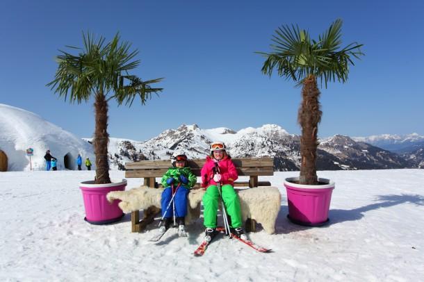 März 2014: Rast meiner Kinder Christina und Tomi bei einem herrlichen Skitag