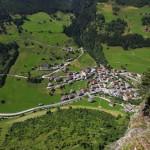 Vom Ausstieg hat man einen grandiosen Blick auf das Bergsteigerdorf Hüttschlag