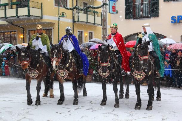 Jänner 2014: Treffen der berittenen Hl. 3 Könige in Großarl, hier die Gruppe aus Hüttschlag