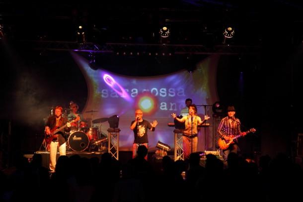 Tolle Stimmung im Partyzelt mit der Saragossa Band