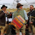"""Musikanten """"roasen"""" von Wirt zu Wirt"""