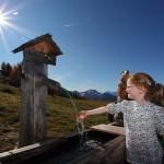 Frisch und eisig kalt - Brunnen an der Saukaralm
