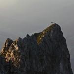 Arlspitze im ersten Sonnenlicht - der Kletterer ist schon weg