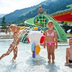Schwimmbad_Kinder_1