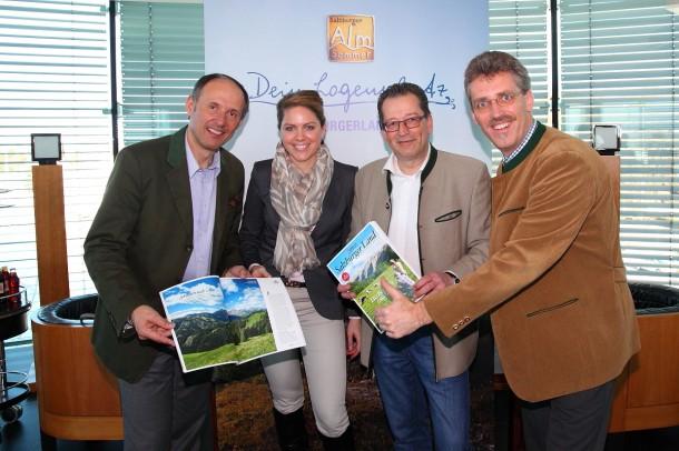 v.l.n.r.: Leo Bauernberger (Geschäftsführer Salzburger Land Tourismus SLT, Christina Gschwandtner (SLT), Andreas Kornhofer (Chefredakteur Servus-Magazin), Thomas Wirnsperger (TVB Großarltal)