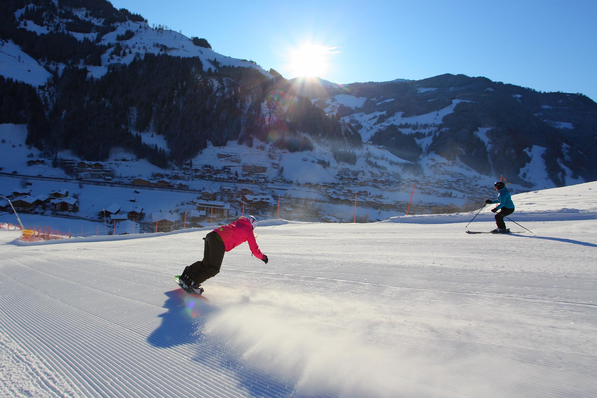 Skikeriki Großarltal - Skifahren mit dem ersten Hahnenschrei - Foto: Thomas Wirnsperger
