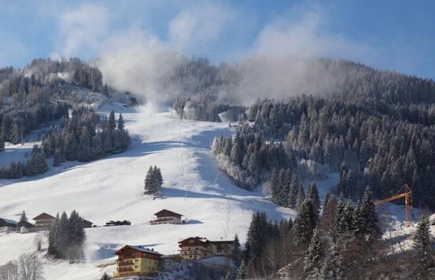 Talabfahrt Großarl, heute, Samstag, 27. November gegen 10.00 Uhr Vormittag. Neuschnee & Sonnenschein.