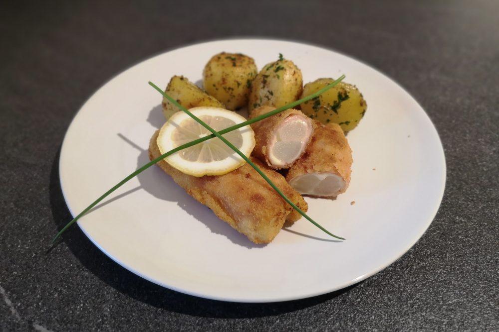 Spargel Cordon Bleu mit Petersilienkartoffeln