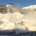 Großarltal, 1. Dezember 2017 - an den Talabfahrten wird gearbeitet. Was wie Nebel ausschaut ist Schnee und kommt aus der Schneeanlage Großarltal.