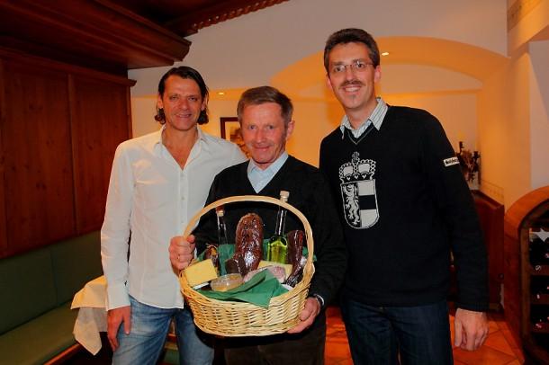 Sepp Gschwandtl mit dem stellvertretenden Vorsitzenden des TVB Großarltal Stefan Mooslechner (li.) und TVB-Geschäftsführer Thomas Wirnsperger
