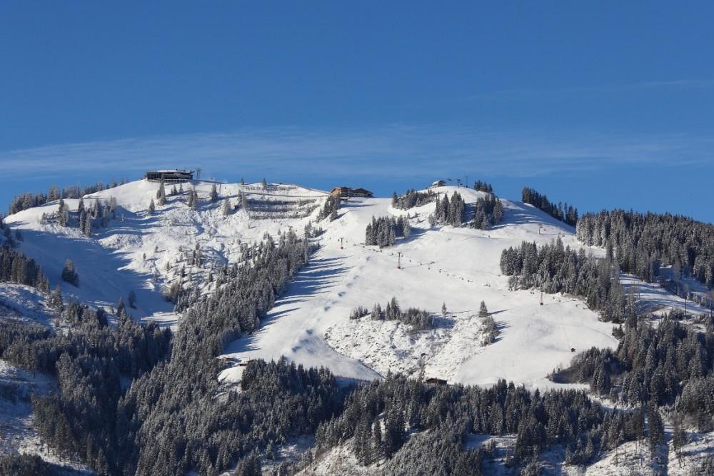 Wintermorgen Großarltal 28. November 2015 - Blick aufs Skigebiet