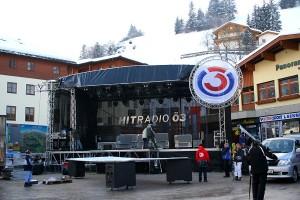 Ö3-Bühne - größer als ein Einfamilienhaus