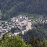 Aussicht vom Besucherzentrum aus auf die Burg Hohen Werfen