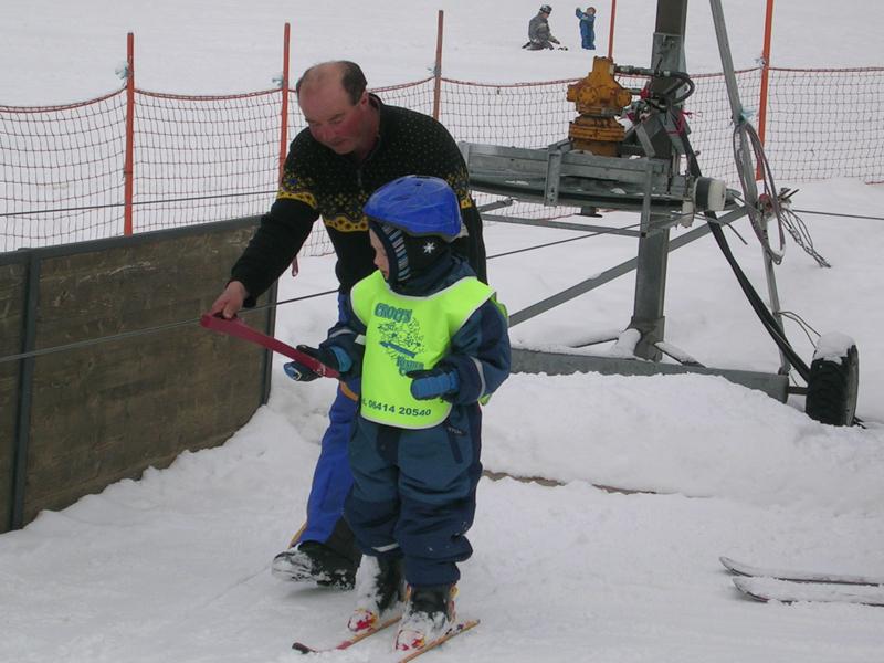 Das ist skifahren lernen beim übungslift fischbacher im großarltal
