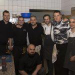 Küchenteam mit Vitus Winkler