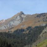 Der Bergrückenverlauf der Höllwand - alles kein Spaziergang, aber die 3 Meter Schneid ist dabei die kritischste Passage