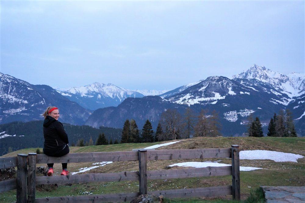 Lena in den Bergen
