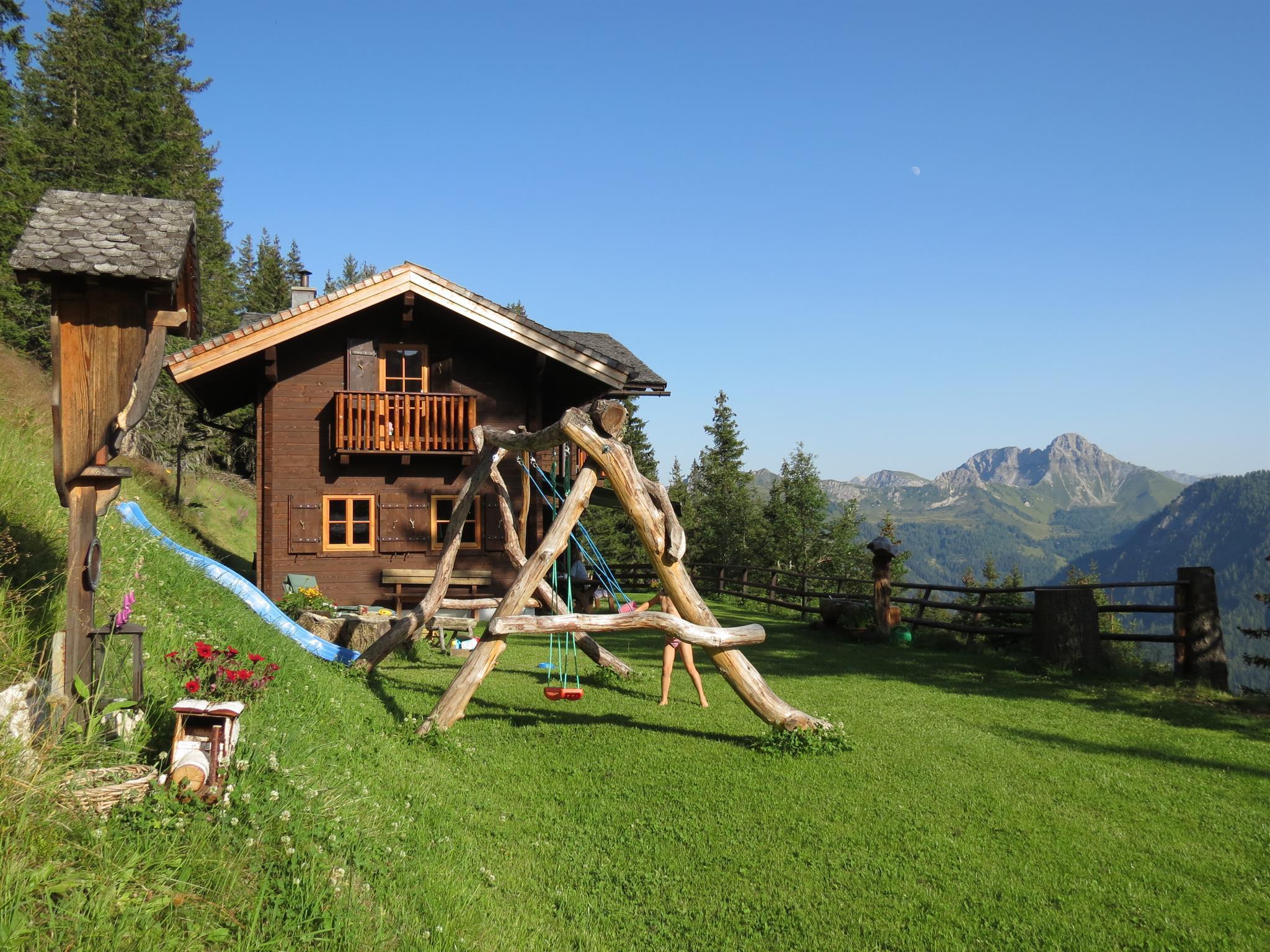 Skiverleih & Skischulen | **** Hotel Auhof Groarl