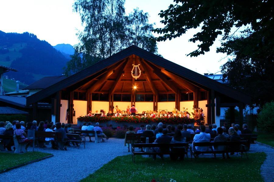 open_air_concert_with_grossarl_town_band_, Großarl